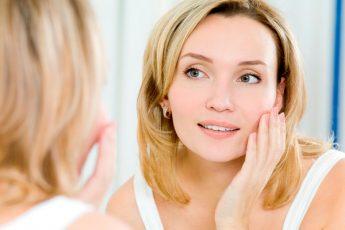 5 правил ухода за кожей лица 45+: если нет средств на дорогие средства и процедуры