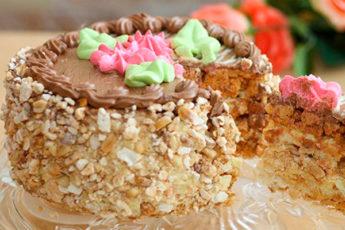 Легендарный «Киевский торт»: очень вкусно