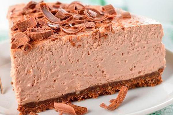 Очень нежный, шоколадный торт-суфле без выпечки
