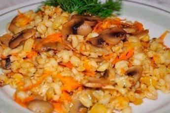 Перловая каша с грибами: очень вкусно и полезно