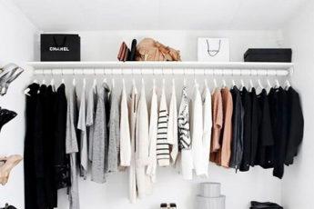 Как развесить вещи в шкафу, чтобы стало больше места