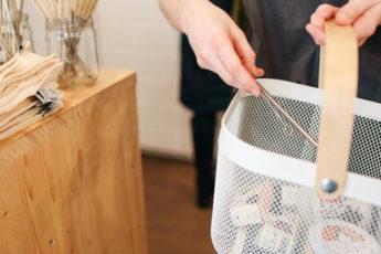 5 советов по необычному применению бумажных полотенец в быту