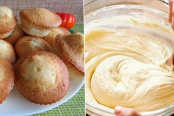 Стакан манки, стакан кефира, 1 яйцо и идеальные кексы готовы. Просто и вкусно!