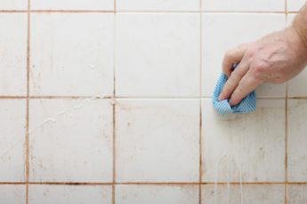 Действенные способы, как отбелить межплиточные швы на кухне и в ванной без особого труда