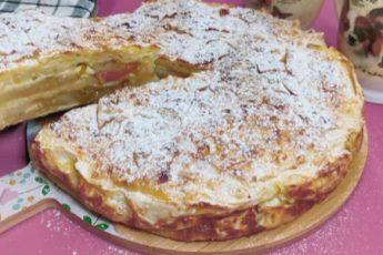 Пирог из лаваша с яблоками: быстро, просто и тесто делать не надо