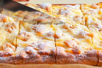 Бесподобный пирог с кремом и яблоками и торта не надо. Простой и быстрый