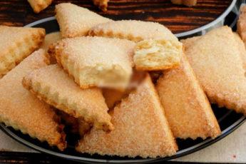 Простейший рецепт слоеного печенья Наполеон. Идеальная выпечка к чаю