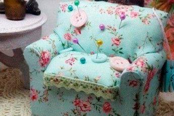 Создаем милый диванчик-игольницу: мастер-класс