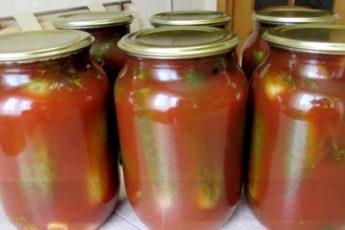 Самые вкусные, по мнению моей семьи и друзей, маринованные огурчики с кетчупом