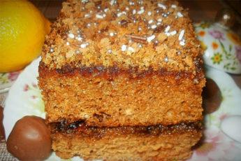 Наливной пирог с вареньем