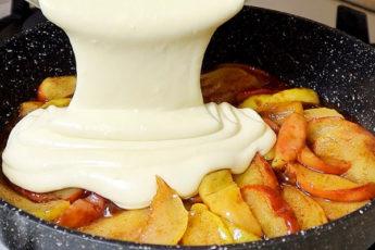Яблочный пирог-перевертыш с 1 яйцом и всего за 15 минут