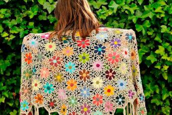 Цветочные шали крючком