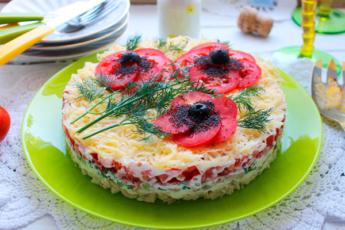Салат «Красные маки» — обворожительно красивый и очень вкусный!